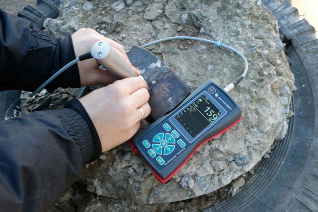 T-U3-hardness-tester-small-alatuji.co.id